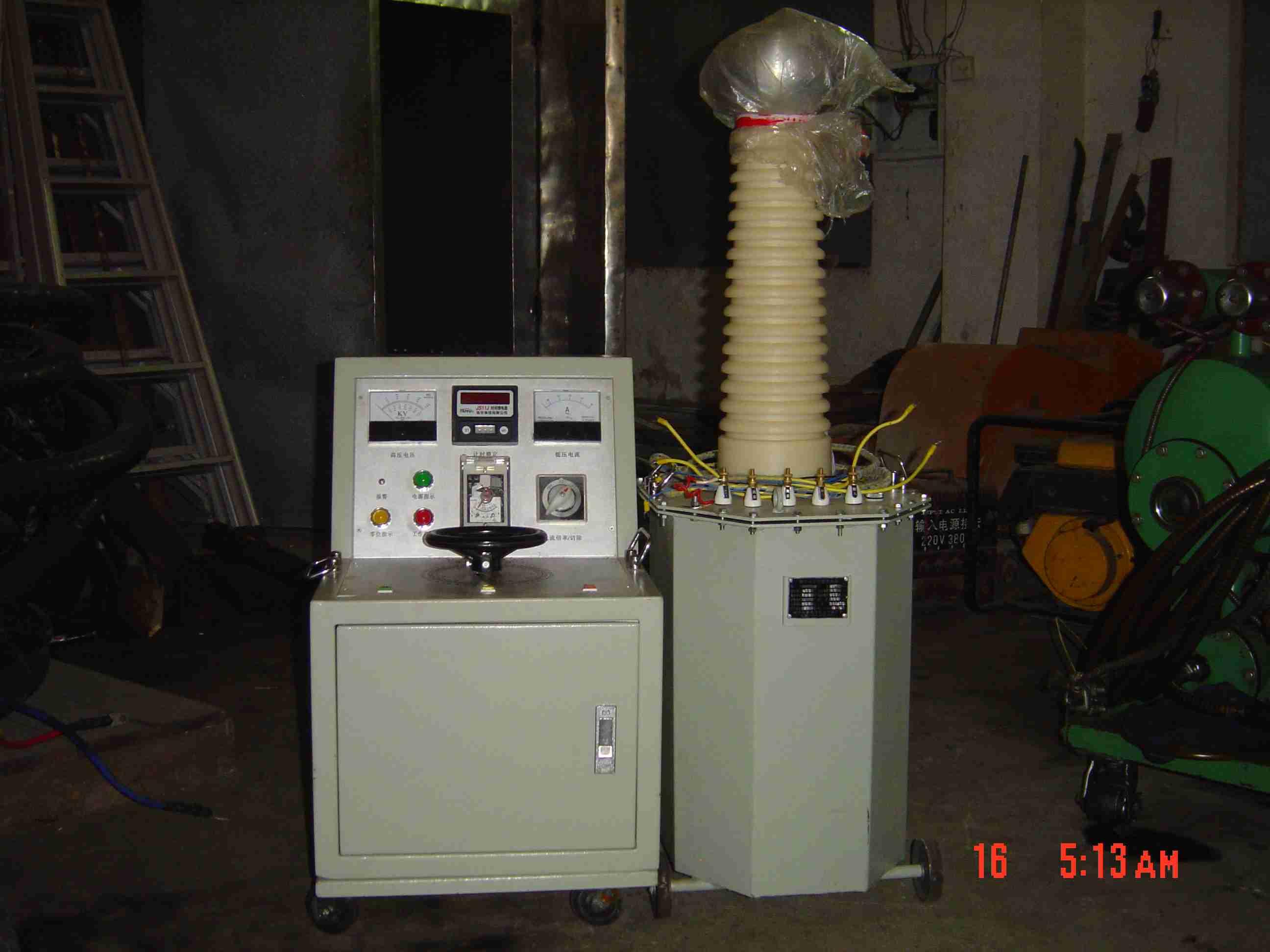 高压试验机